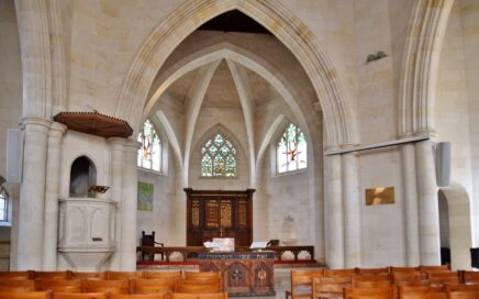 Kuva kirkosta sisältä